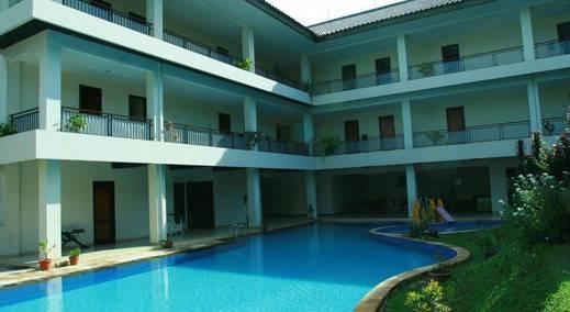 Ole Suite Hotel & Cottage Bogor - Kolam Renang
