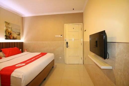 NIDA Rooms Pettarani Panakkukang Makassar -   Kamar tidur