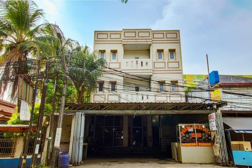 Ian Jk Hotel Tangerang - Tampak Depan
