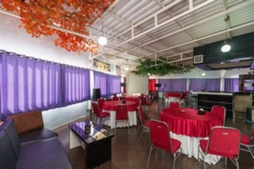 RedDoorz Plus near RSUP Dr. Moh Hoesin Palembang - Interior