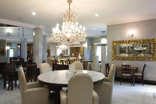 Arimbi Pejaten Suites Jakarta - Restauran