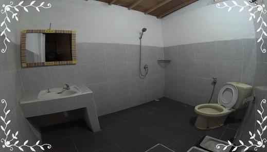 Gili Bong Bungalow Lombok - Bathroom