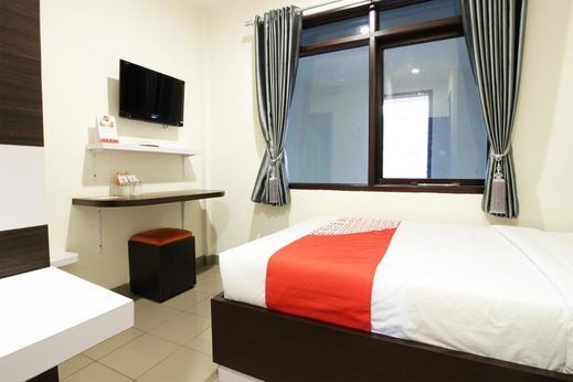 OYO 202 Kuwera Inn Bandung - Bedroom