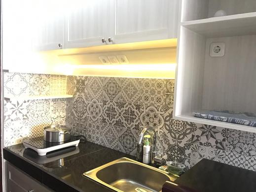 Apartment Gateway Pasteur by Cecylia Bandung - Kitchen