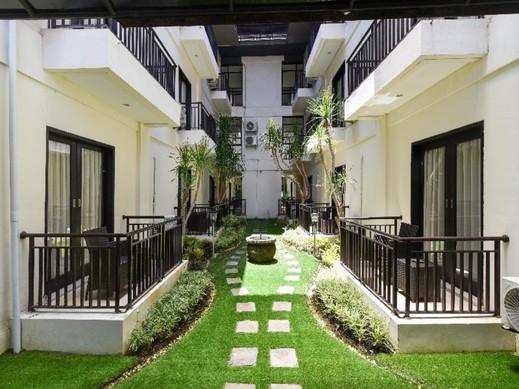 RedDoorz Plus near Mall Bali Galeria 2 Bali - Exterior