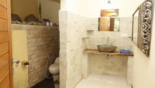 Junjungan Suite Villa Bali - Kamar mandi