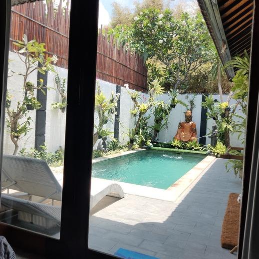 Rumah Udjung Bali - pool