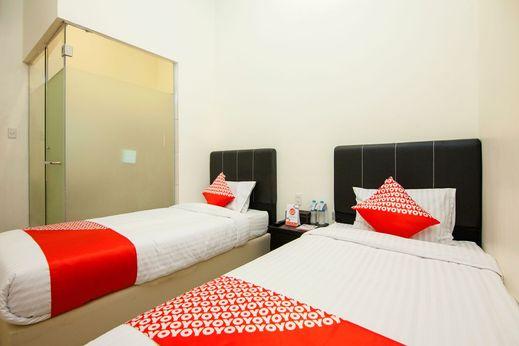 OYO 1344 Hotel Grand Toba Danau Toba - Bedroom