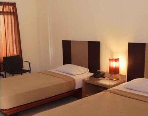 Surya Hotel &  Resort Baturraden Banyumas - Bedroom