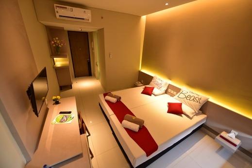 Sleepzzz Equestrian Park Hotel Jakarta - Kamar Superior Double
