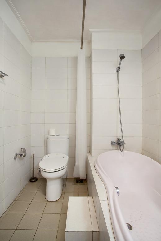 Kusuma Kemang Suite Jakarta - Bathroom