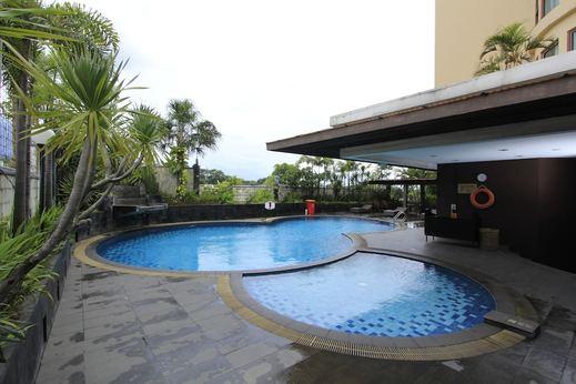 Grand Setiabudhi Bandung - Outdoor Pool
