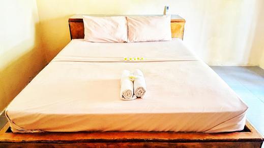 Peter Homestay Lombok - Bedroom