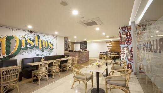 Verse Lite Hotel Gajah Mada - Restaurant