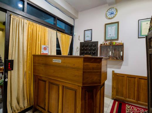 OYO 3206 Hotel Sido Langgeng Karanganyar - Reception