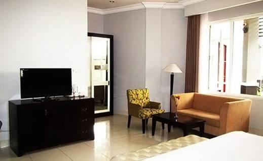 Sindha Hotel Manggarai - Kamar tamu