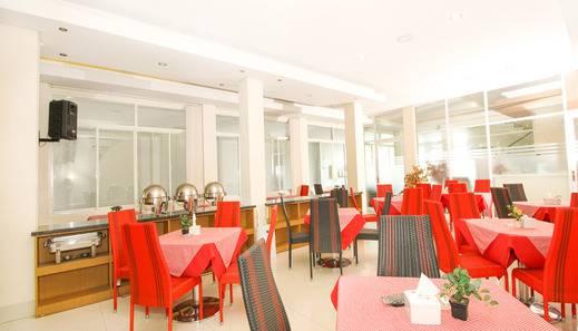 Ranez Inn Tegal - restorant