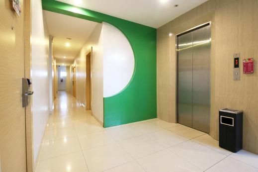 Airy Tampan HR Soebrantas KM 11,5 Pekanbaru - Interior Details