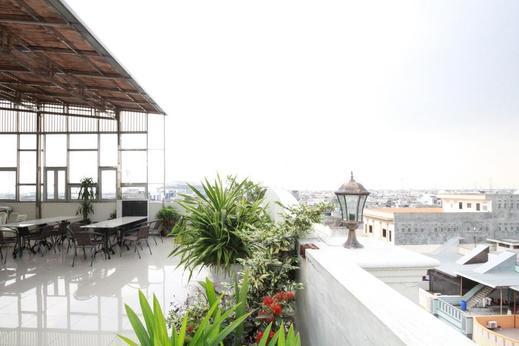 Airy Thamrin Gandhi Medan - Rooftop