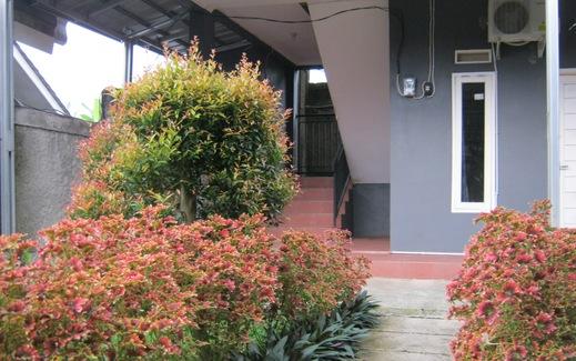 Aqilakost Rooms Bogor - Taman
