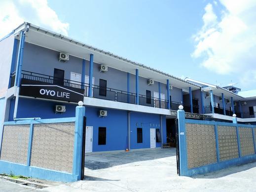 OYO Life  2340 Mja Residence Bengkalis - Facade