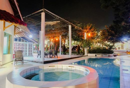 Omah Londo Hotel & Luxury Resort Malang - Pool