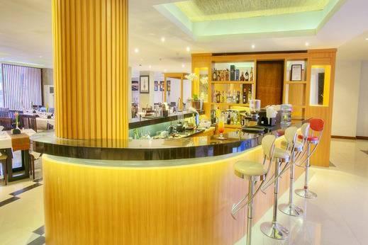 La Villais Kamojang Hotel Seminyak - Restoran