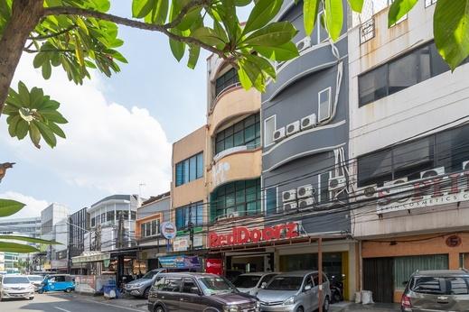 RedDoorz @ Pasar Baru 2 Jakarta - Bangunan Properti