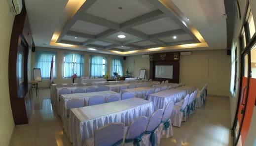 Krisna Beach Hotel 1 Pangandaran Pangandaran - A