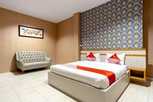 OYO 1400 Barat Residence Medan - Bedroom