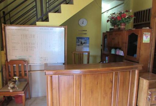 Hotel Anisa Dompu - Reception