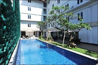 Airy Denpasar Selatan Kerta Dalem Sidakarya Bali - Pool