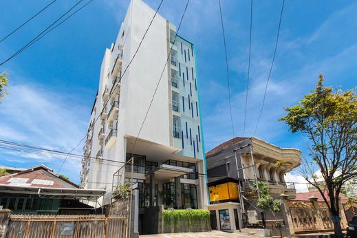 Airy Wenang Sugiono 21 Manado Manado - Exterior