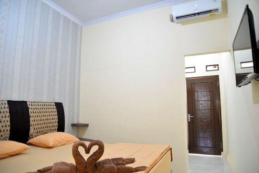 Haura Syariah Bandar Lampung - Bedroom
