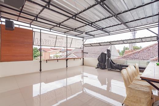 RedDoorz Syariah near Stasiun Cianjur Cianjur - Photo
