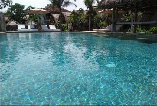 Puri Air Beach Resort and Spa Lombok - Pool