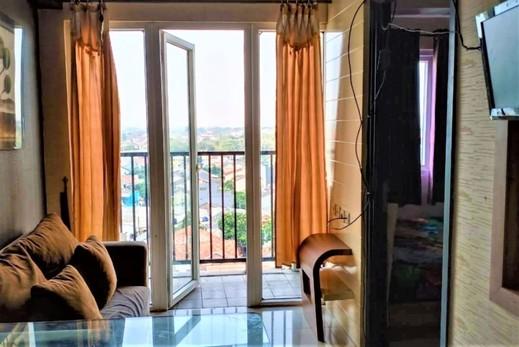 Apartemen Paragon Village by CV Kita Property & Partner Tangerang - Living Room