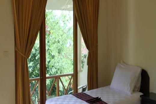 Waecicu Beach Inn Manggarai Barat - Kamar Tamu