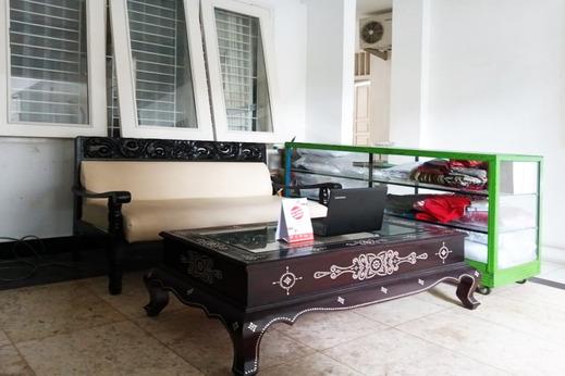 OYO 3741 Mutiara Syariah 1 Lombok - Reception