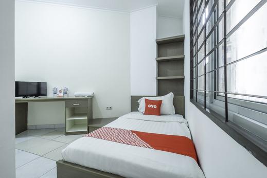 OYO 1876 Fortuna Residence Bandung - Bedroom S/S