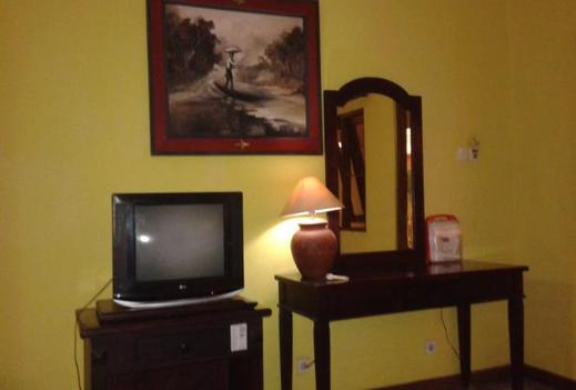Hotel Zaitun Selaparang Lombok - Bedroom