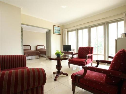 Bungalow Modern Golf & Country Club Tangerang - Interior