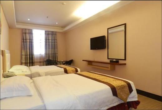 Grand Puncak Lestari Hotel Pangkalpinang Pangkalpinang - Room