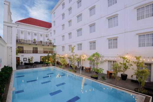 D'Senopati Malioboro Grand Hotel Yogyakarta - Swimming Pool