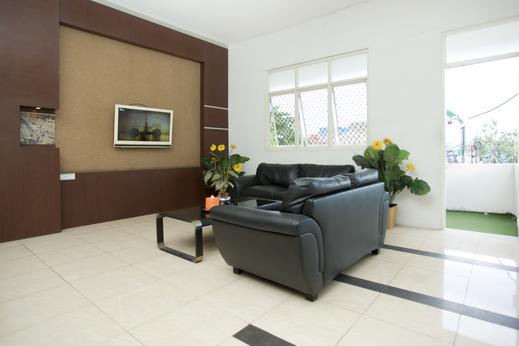 OYO 850 Lapan Lapan Banjarmasin - sitting room