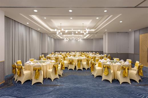 Hotel Santika Pasir Koja Bandung - Meeting Room