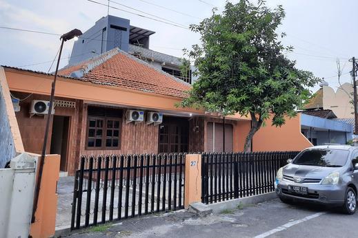 SPOT ON 2683 Cempedak Residence Semarang - Facade