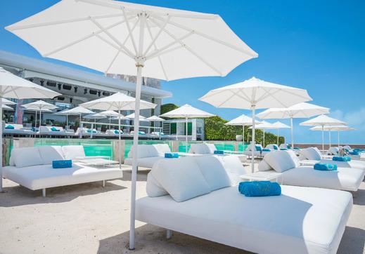 Infinity8 Bali - beach club