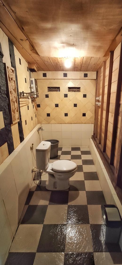 The Cabin Bungalow Yogyakarta - Bathroom