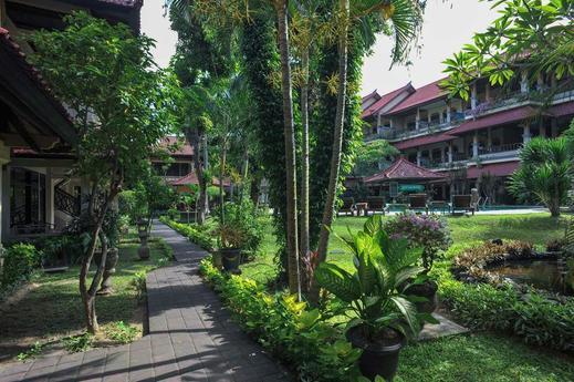 Airy Eco Pantai Kuta Poppies Lane Dua Bali - Garden